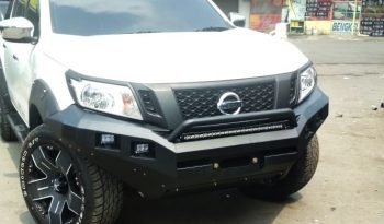 Rocker Bar Navara + Tanduk & LED full